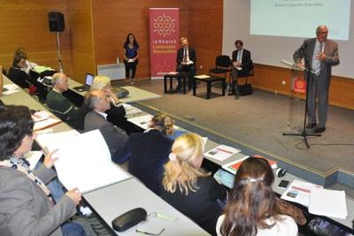 Yves Piétrasanta, vice président de la Région Languedoc-Roussillon ouvre le comité régional trames verte et bleue, à Mèze, le 7 octobre.