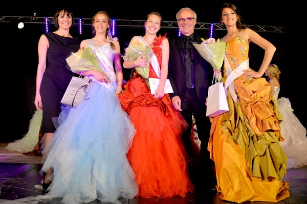De gauche à droite, Eve Silva, Jade Azaïs, Henry Fricou et Manon Minarro
